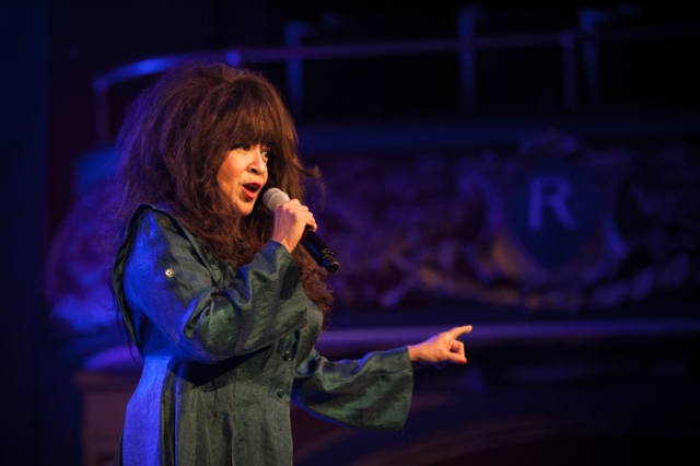 Ronnie Spector at the Rialto Theatre. Photo by Dominick Mastrangelo.